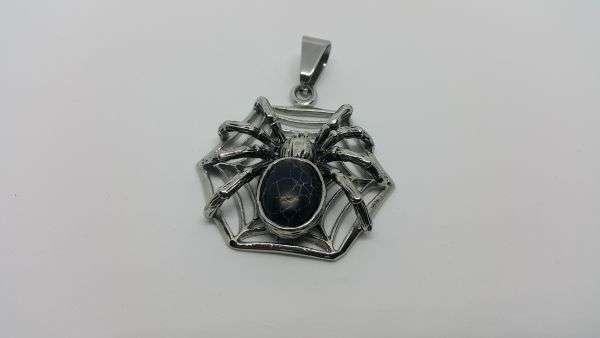 """Медальон"""" Жената паяк"""""""